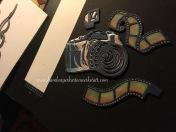 Detailarbeit Kamera und Filmrollen - Färben passend zum Gesamtdesign Detailled work camera and films - colouring to fit the finished picture